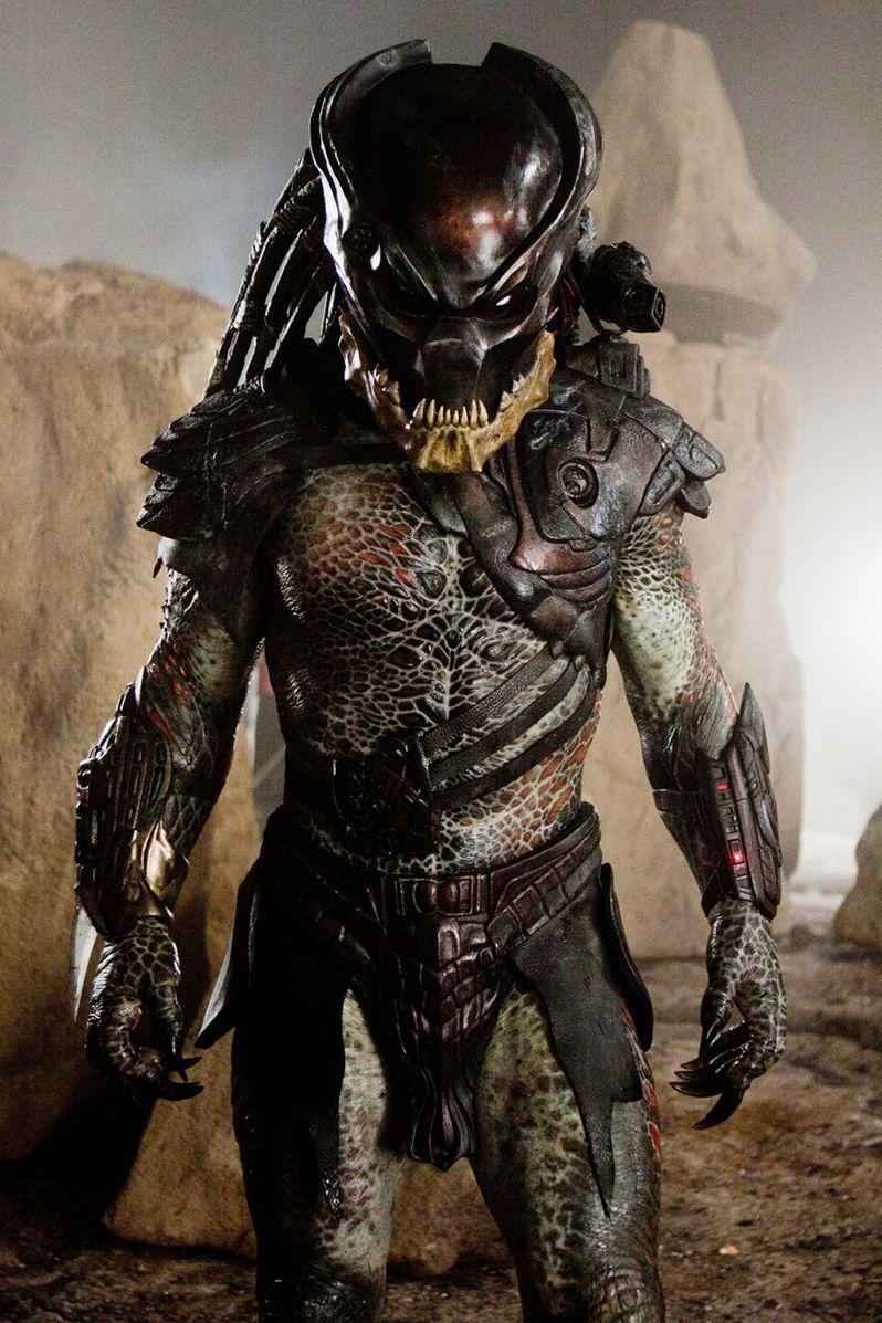<strong><em>Predators</em></strong> Mr. Black Image #1