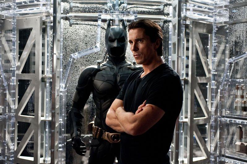 <strong><em>The Dark Knight Rises</em></strong> EW Photo #2