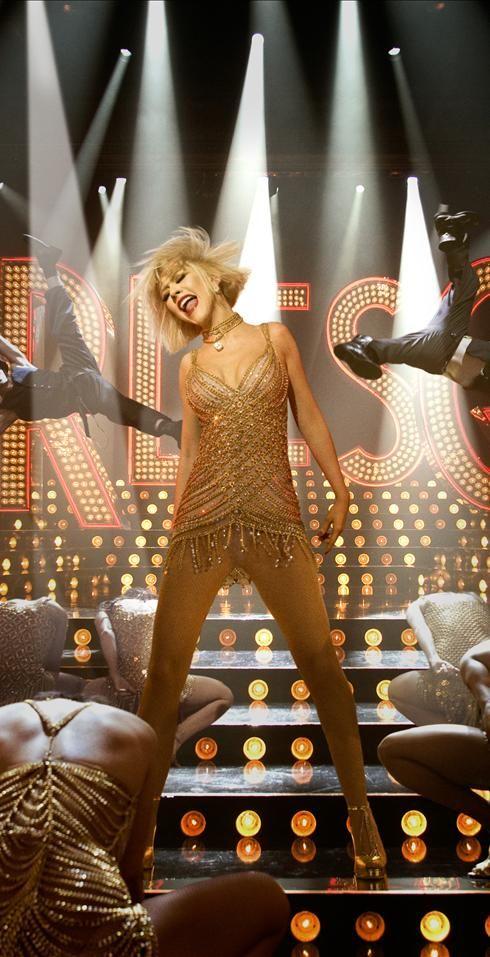 Christina Aguilera stars in <strong><em>Burlesque</em></strong>