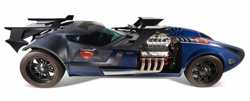 Batman v Superman Dawn of Justice Mattel Comic-Con 2015 Toy 6