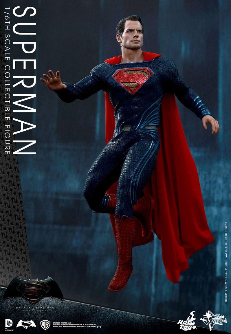 <strong><em>Batman v Superman: Dawn of Justice</em></strong> Hot Toys Photo 26