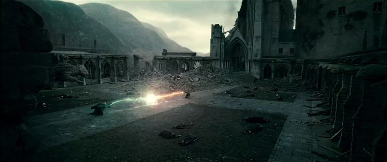 Harry and Voldemort have a climactic duel in Hogwarts courtyard