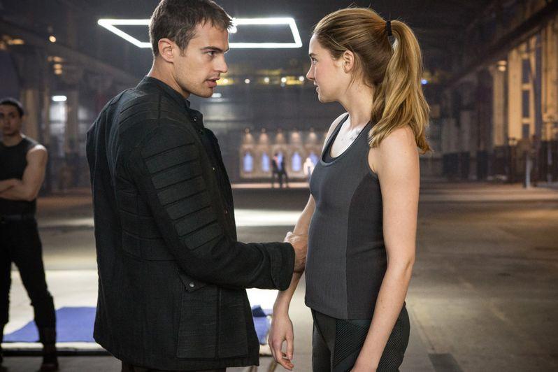 <strong><em>Divergent</em></strong> Photo 3