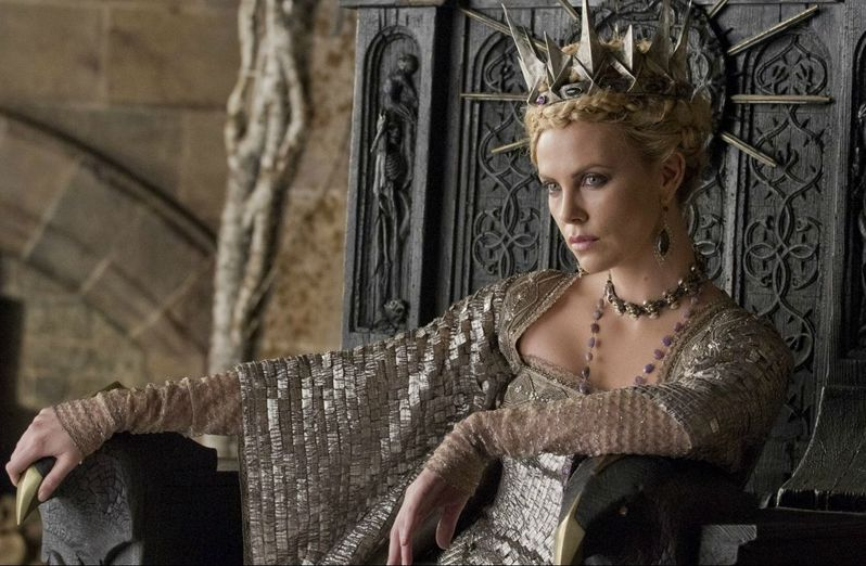 Charlize Theron in <strong><em>Snow White and the Huntsman</em></strong>