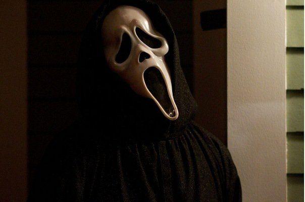 Ghostface returns in <strong><em>Scream 4</em></strong>