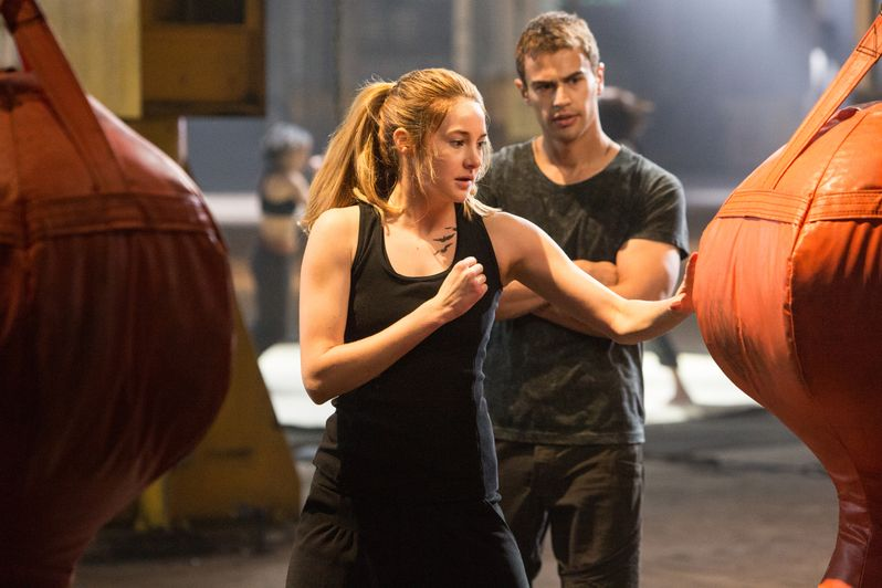 <strong><em>Divergent</em></strong> Photo 2