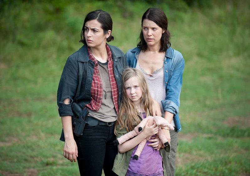 <strong><em>The Walking Dead</em></strong> Dead Weight Photo 3