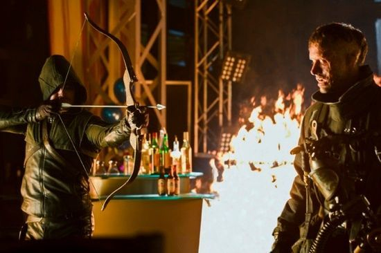 <strong><em>Arrow</em></strong> Midseason Firefly Photos 2