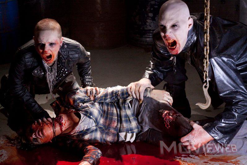 <strong><em>30 Days of Night: Dark Days</em></strong> Vampires
