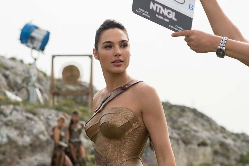 Wonder Woman photo 4
