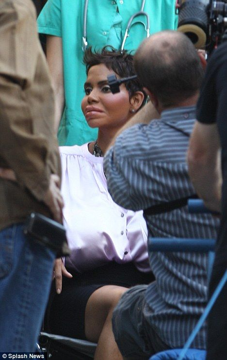 Halle Berry on the set of <strong><em>Truth or Dare</em></strong> #1