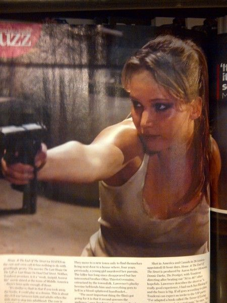 <strong><em>House at the End of the Street</em></strong> Jennifer Lawrence Photo #2