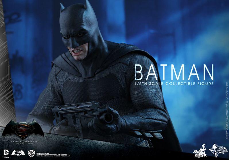 <strong><em>Batman v Superman: Dawn of Justice</em></strong> Hot Toys Photo 17