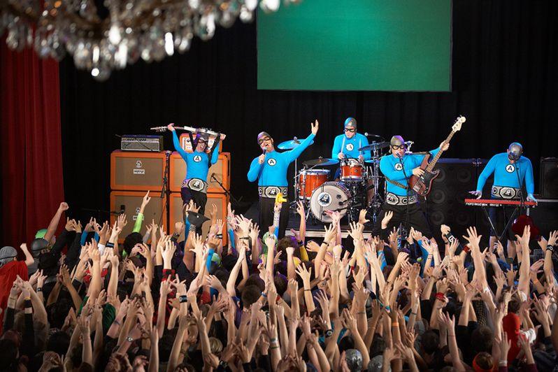 <strong><em>The Aquabats! Super Show!</em></strong> Photo #4