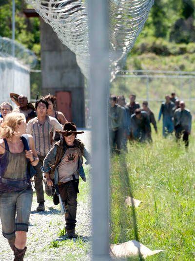 <strong><em>The Walking Dead</em></strong> Season 3 Premiere Photo #5