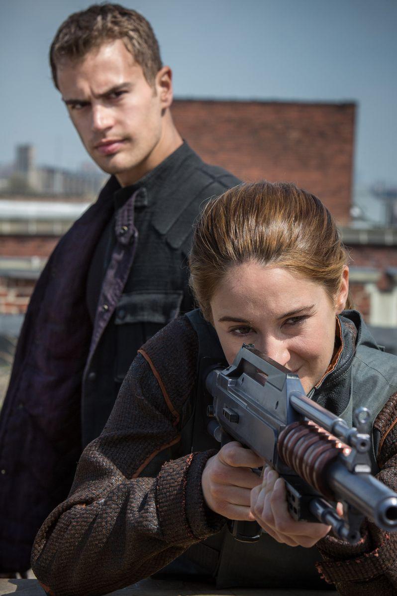 <strong><em>Divergent</em></strong> Photo 8
