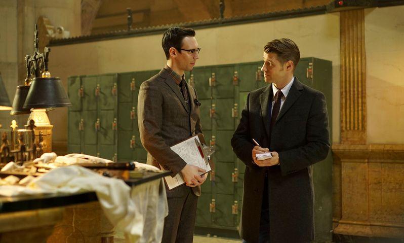 <strong><em>Gotham</em></strong> Season 2 Episode 15 Photo 3