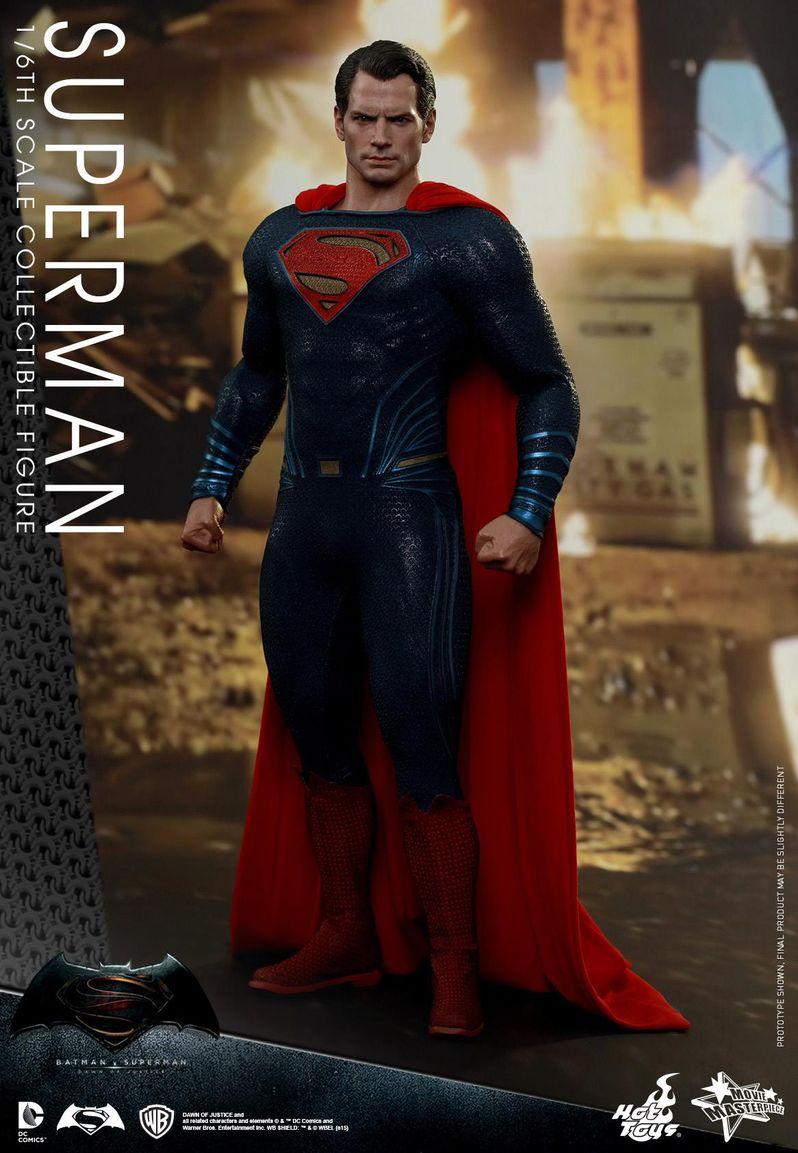 <strong><em>Batman v Superman: Dawn of Justice</em></strong> Hot Toys Photo 22