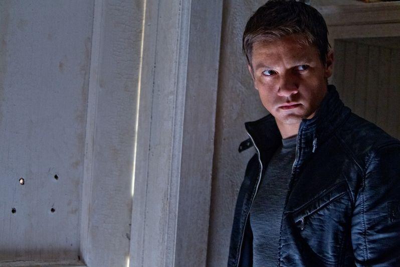 Jeremy Renner in <strong><em>The Bourne Legacy</em></strong>