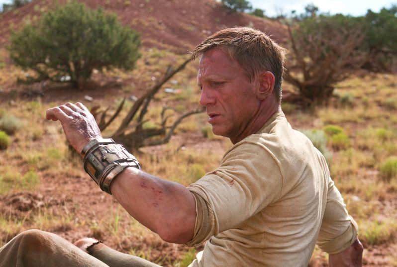 Daniel Craig stars as Jake Lonergan
