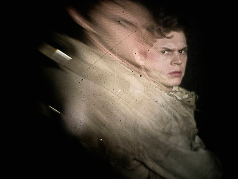 <strong><em>American Horror Story</em></strong>: Asylum Evan Peters Photo