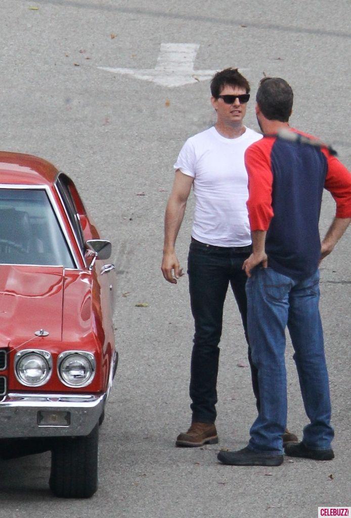 One Shot Tom Cruise Photo #4