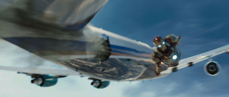 <strong><em>Iron Man 3</em></strong> Trailer photo 2