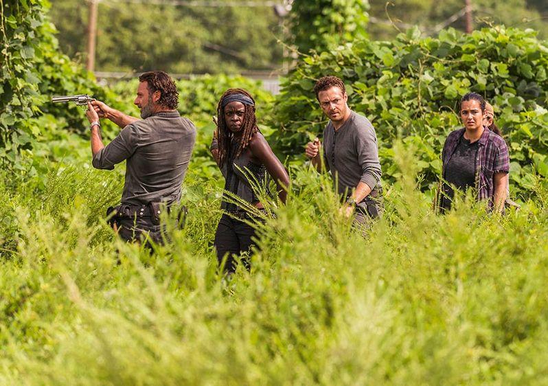 <strong><em>The Walking Dead</em></strong> Season 7 Photo 1