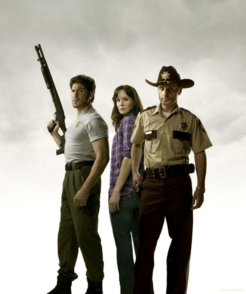 <strong><em>The Walking Dead</em></strong> Season 2 Publicity Stills photo 5