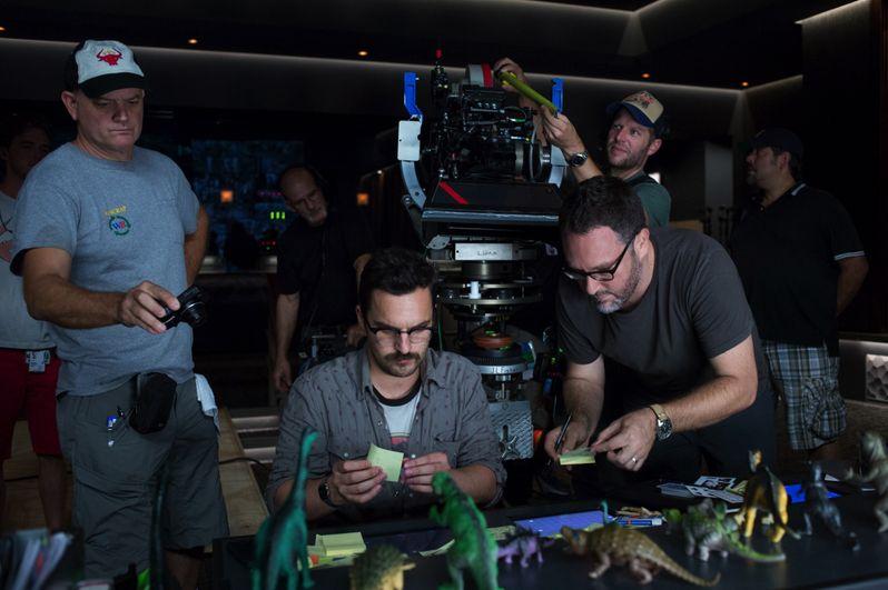 <strong><em>Jurassic World</em></strong> Set Photo 4