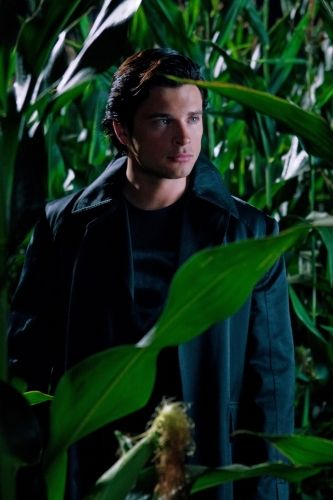 <strong><em>Smallville</em></strong> Season 10 Premiere Photo 2