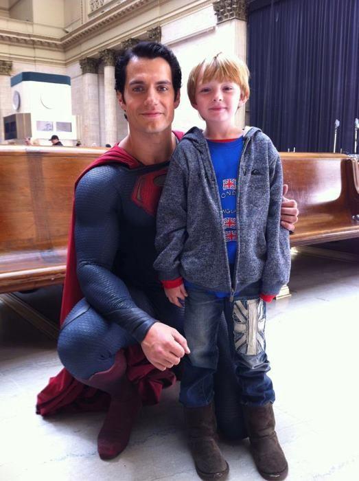Superman: <strong><em>Man of Steel</em></strong> Henry Cavill Set Photo