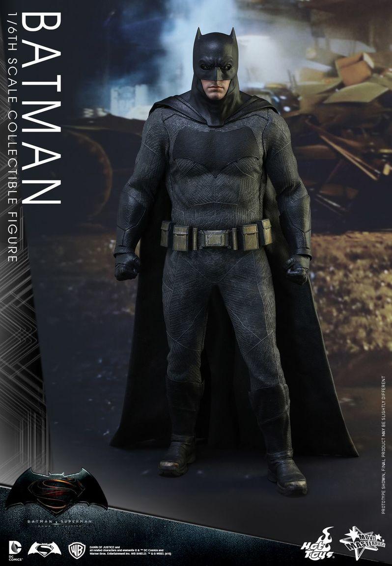 <strong><em>Batman v Superman: Dawn of Justice</em></strong> Hot Toys Photo 13
