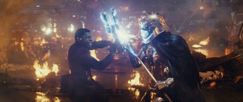 <strong><em>Star Wars: The Last Jedi</em></strong> photo 1