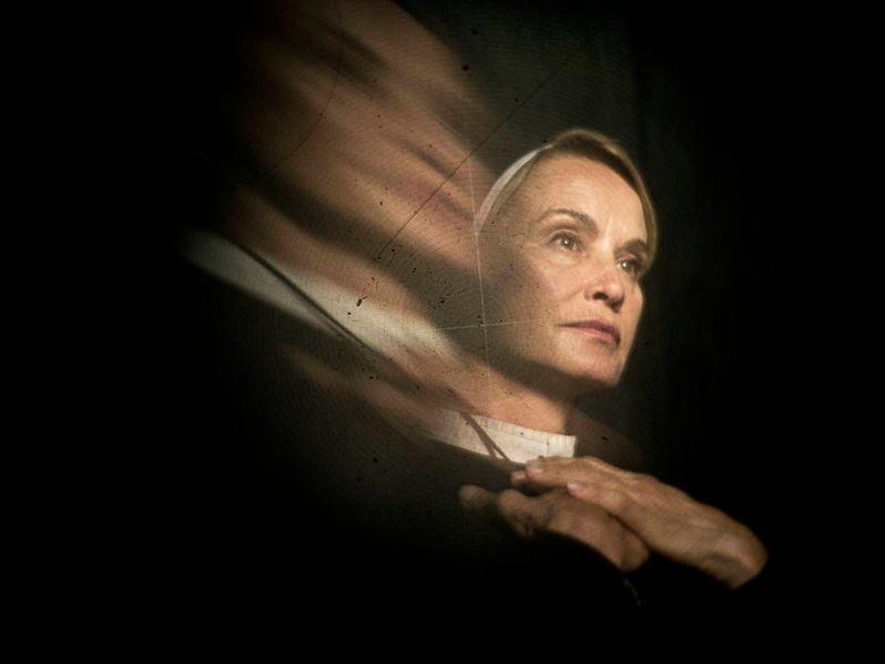 <strong><em>American Horror Story</em></strong>: Asylum Jessica Lange Photo