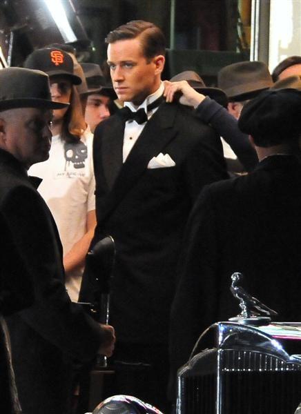 Armie Hammer preparing for a scene in <strong><em>J. Edgar</em></strong>