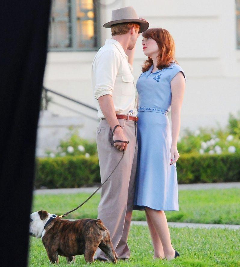Ryan Gosling and Emma Stone on The <strong><em>Gangster Squad</em></strong> Set #5