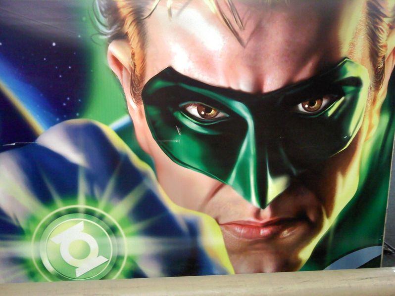 Ryan Reynolds in the first <strong><em>Green Lantern</em></strong> banner