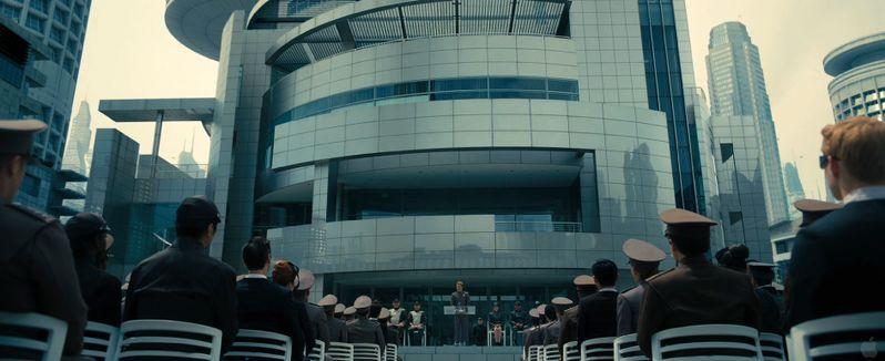 <strong><em>Star Trek Into Darkness</em></strong> Trailer Preview Photos photo 2