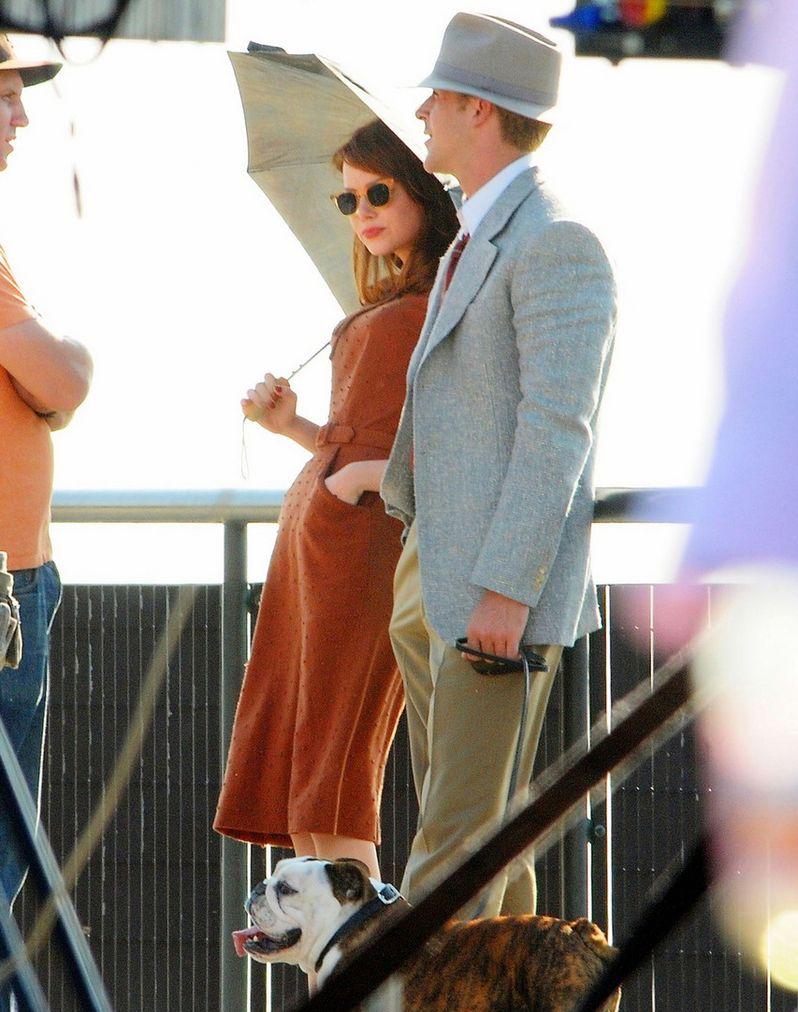 Ryan Gosling and Emma Stone on The <strong><em>Gangster Squad</em></strong> Set #2