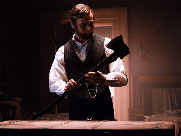 Benjamin Walker in <strong><em>Abraham Lincoln: Vampire Hunter</em></strong>