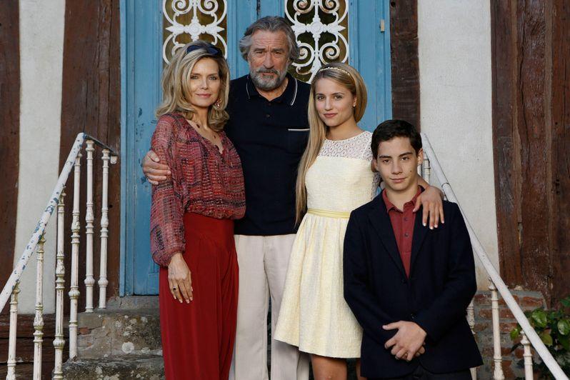 <strong><em>The Family</em></strong> Photo 9