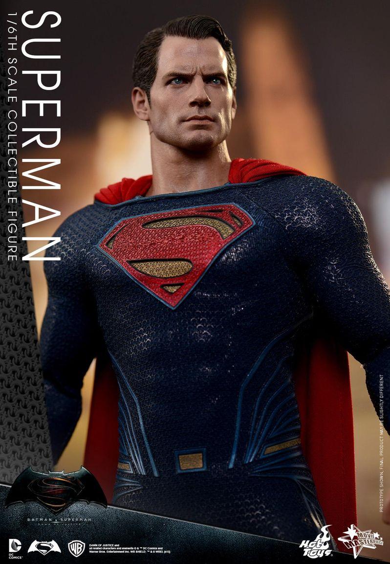 <strong><em>Batman v Superman: Dawn of Justice</em></strong> Hot Toys Photo 23