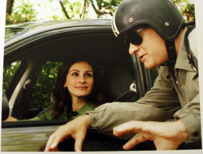 Tom Hanks and Julie Roberts in <strong><em>Larry Crowne</em></strong>