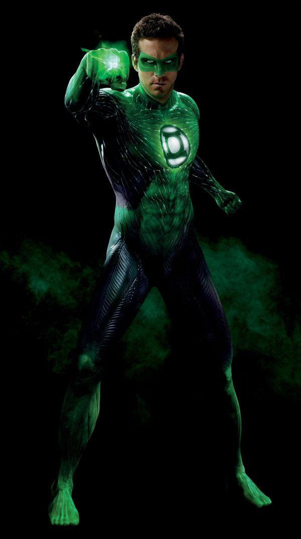 Ryan Reynolds as the <strong><em>Green Lantern</em></strong> #2