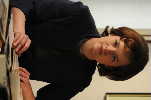 Elisabeth Moss in <strong><em>Mad Men</em></strong>