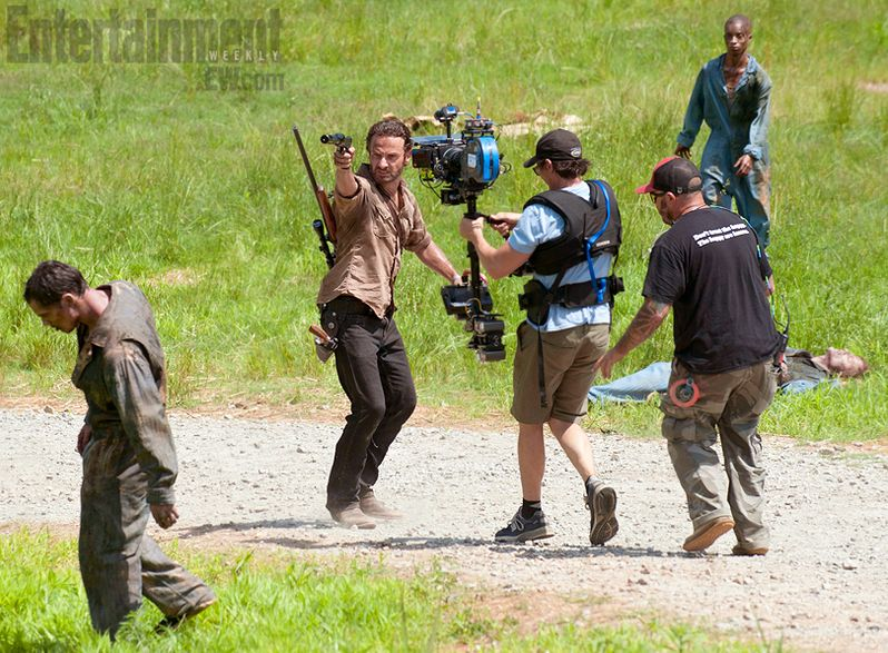 Walking Dead Season 3 behind-the-scenes Photo 2