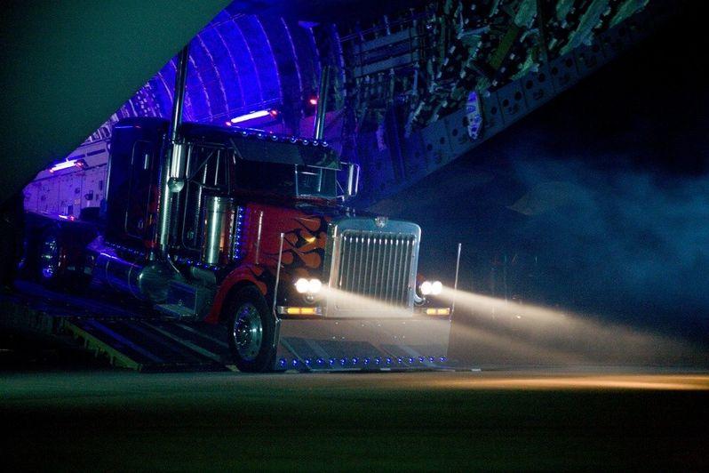 <strong><em>Transformers: Revenge of the Fallen</em></strong> Image #4