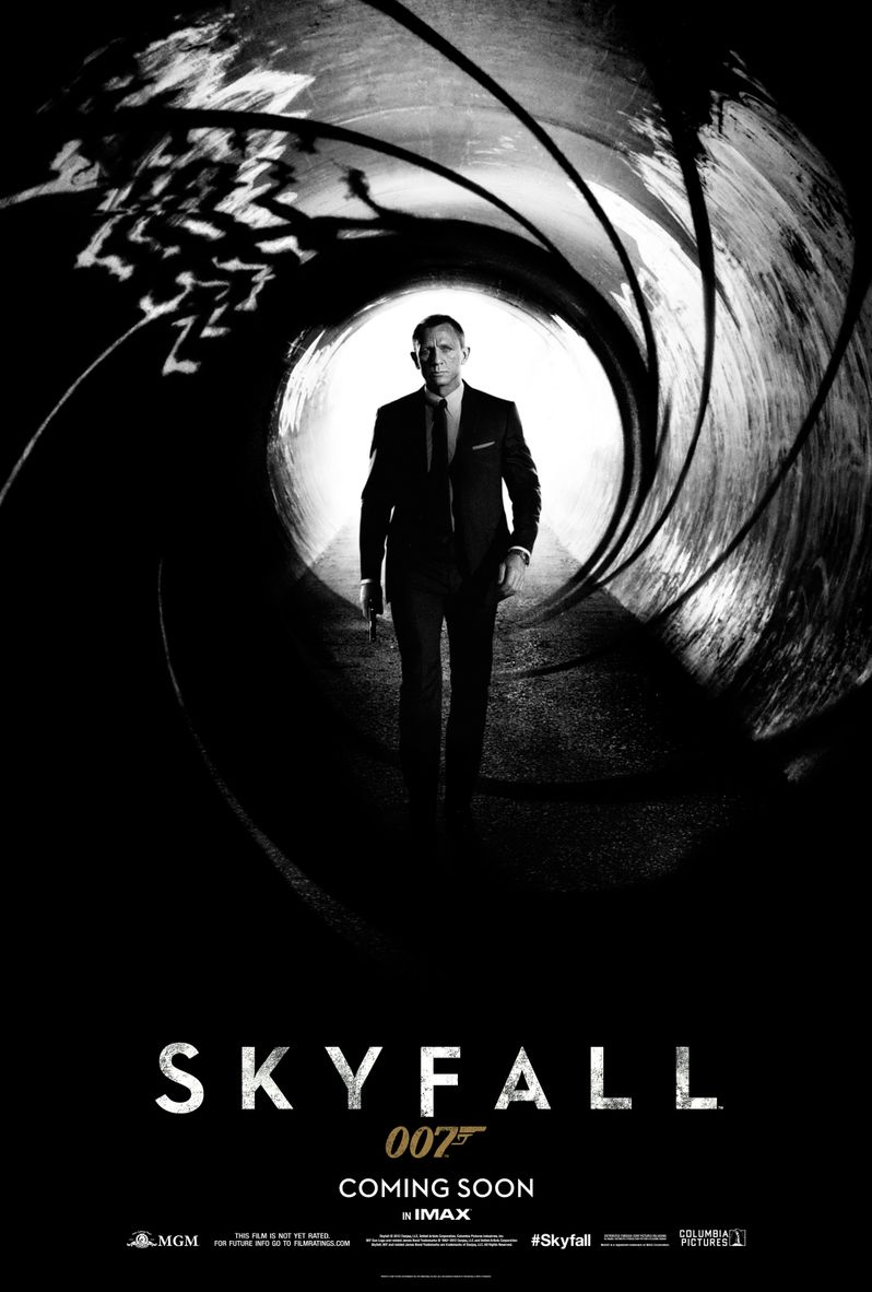 <strong><em>Skyfall</em></strong> Poster
