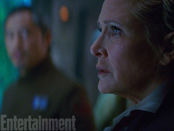 <strong><em>Star Wars: The Force Awakens</em></strong> Photo 8